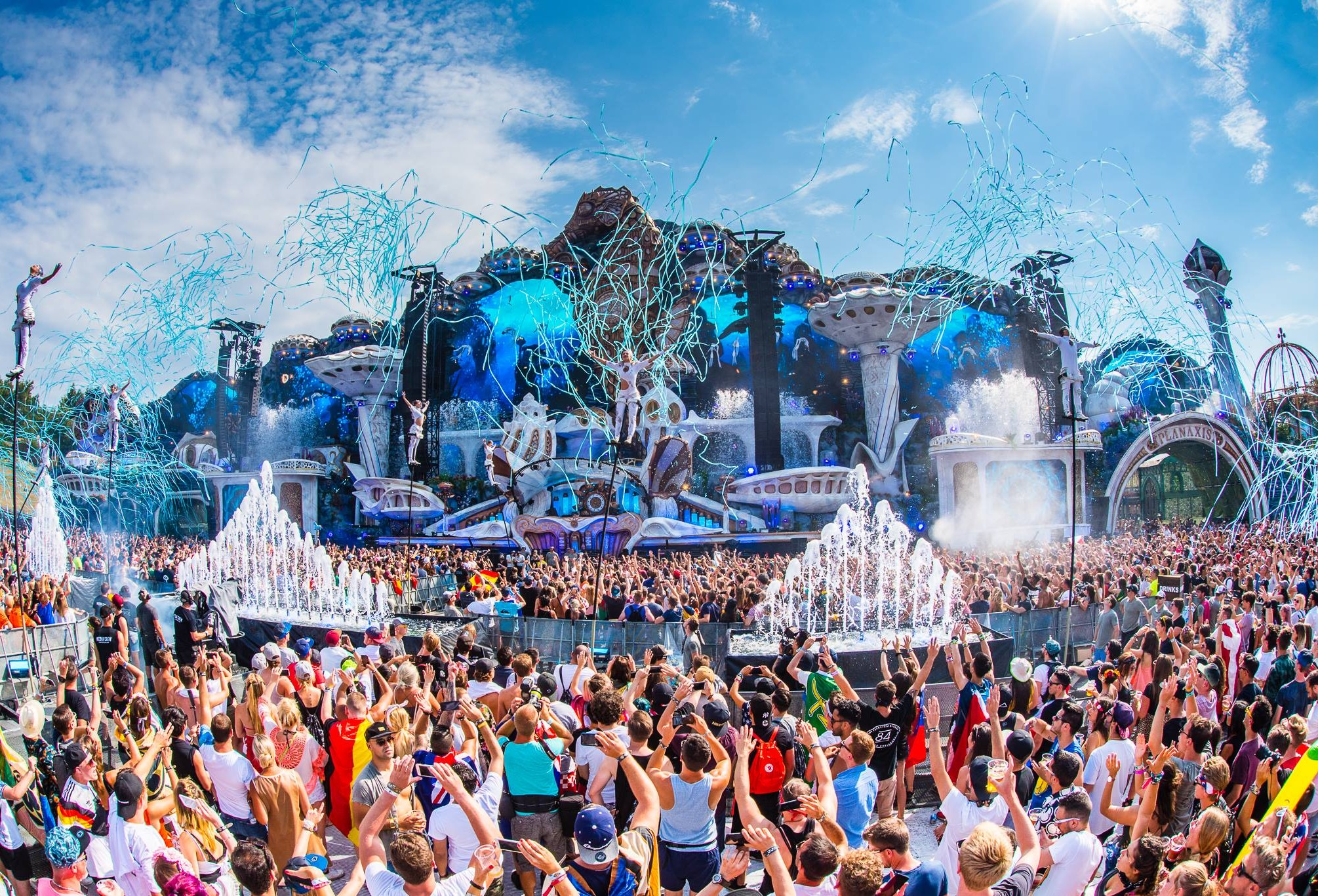 incredible stage decoration at Tomorrowland