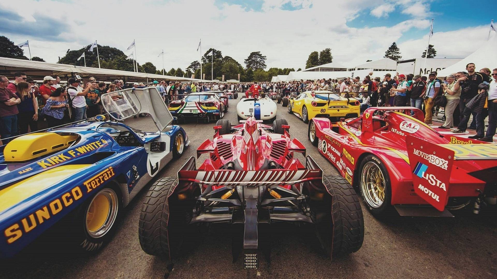 cars lining up at goodwood festival of speed