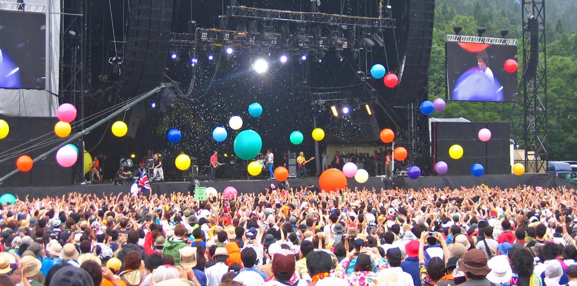 balloons at fuji rock festival