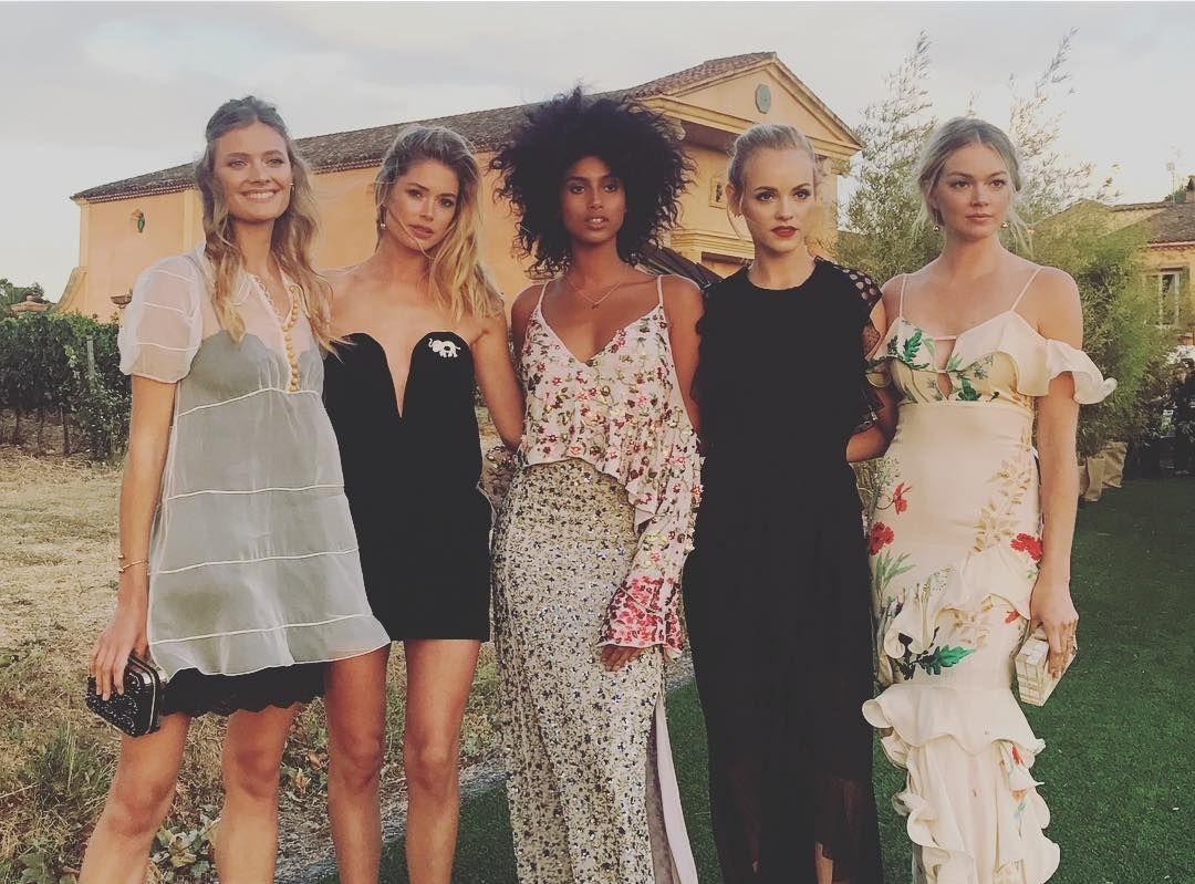 models at leonard dicaprio foundation gala