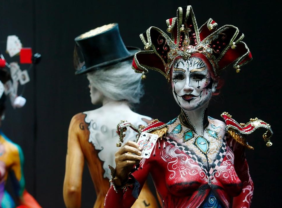 performers at world bodypainting festival