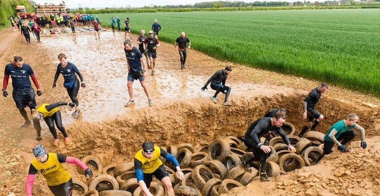 Rat Race Dirty Weekend participants