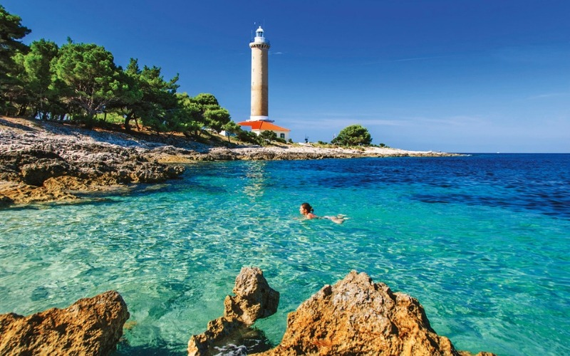 5 Star Croatian Lighthouse Holiday