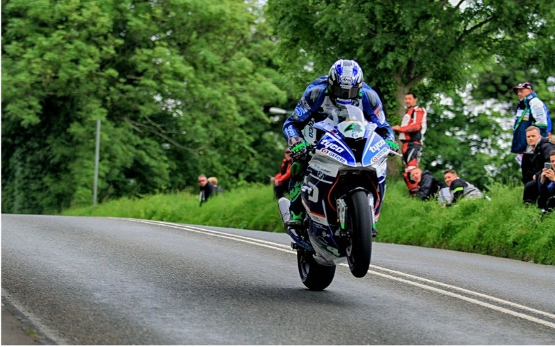 Motorcyclist competeing at the Isle of Man TT