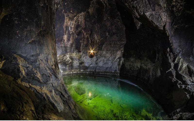 Sala silvermine cave
