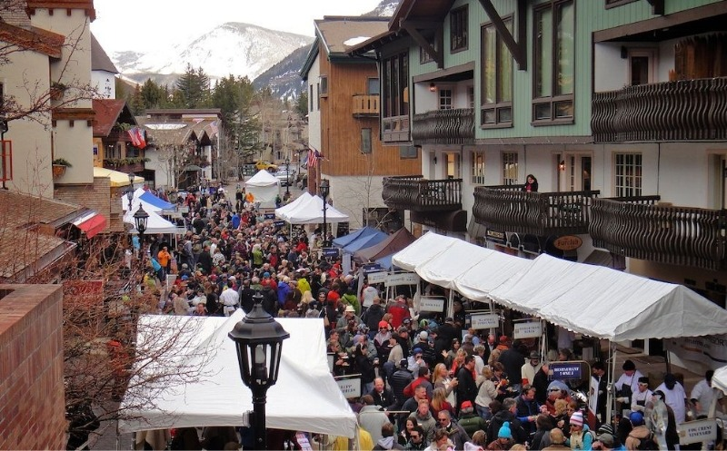 Crowds at the Taste Of Vail