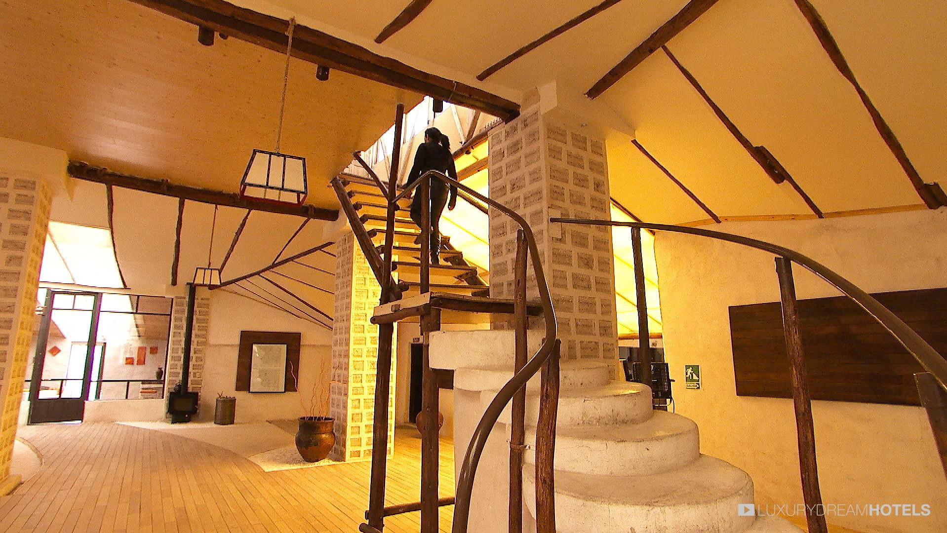 Palacio de Sal lobby and stairs