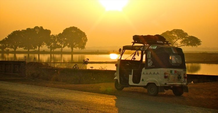 rickshaw run in tuk tuk across india