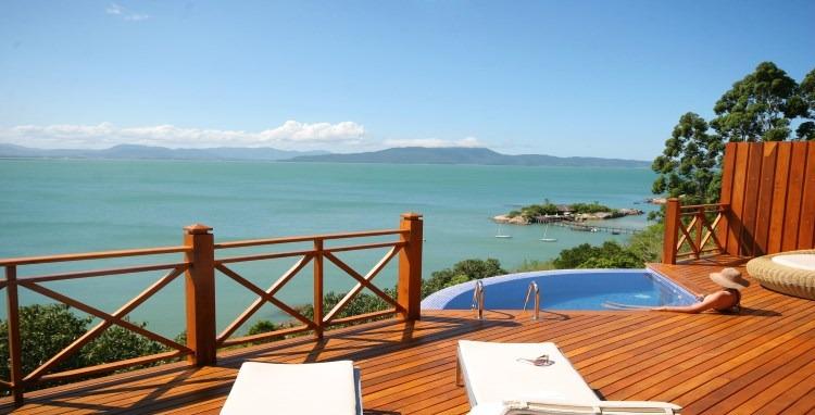 Villa resort at brazilian-island-getaway Ponta dos Ganchos