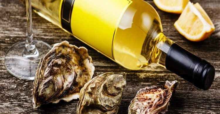 Oysters and wine. What's not to like!