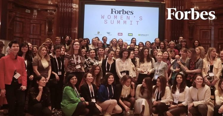 Forbes Women Summit group of women attendees