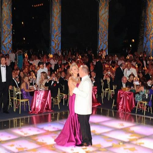 Couple dancing at Monaco Red Cross Ball