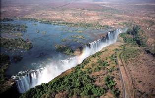 Swim Devils Pool, The Worlds Largest Waterfall