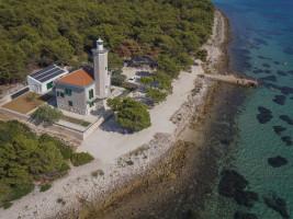 5 Star Croatian Lighthouse Holiday