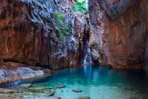 Waterfall and turquoise pool trip activity at El Questro Homestead