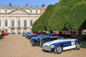 Classic cars in front of Hampton Court Palace