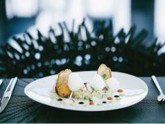 Dinner Served in Niyama Underwater Restaurant